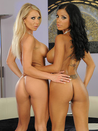 lezbohoneys Candy Strong and Kyra Black Perfect match img